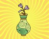 Flor de campanilla en un jarrón
