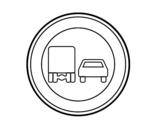 Dibujo de Adelantamiento prohibido para camiones para colorear